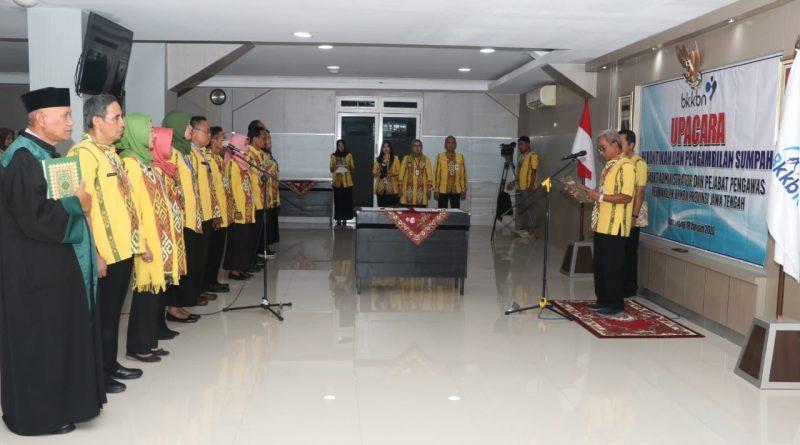 Kepala Perwakilan BKKBN jateng melantik pejabat struktural baru di Kantor BKKBN Jawa Tengah pada Jumat (10/1) lalu.